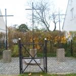 Trzy Krzyże na ul. Jeziornej 72-74