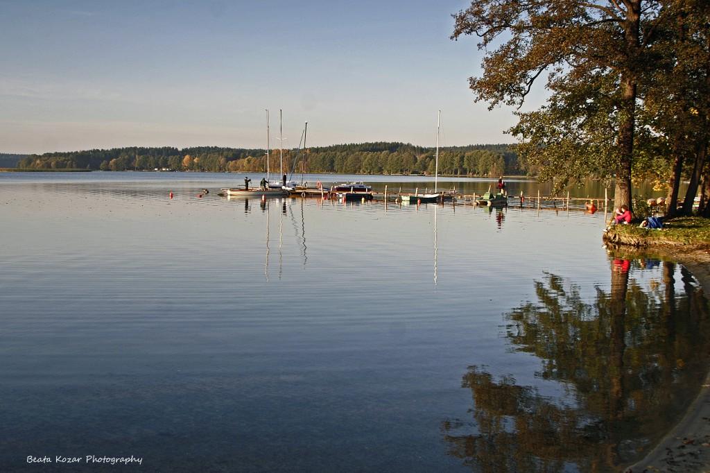 Plautzig- Boote am Steg, Jezioro Pluszne